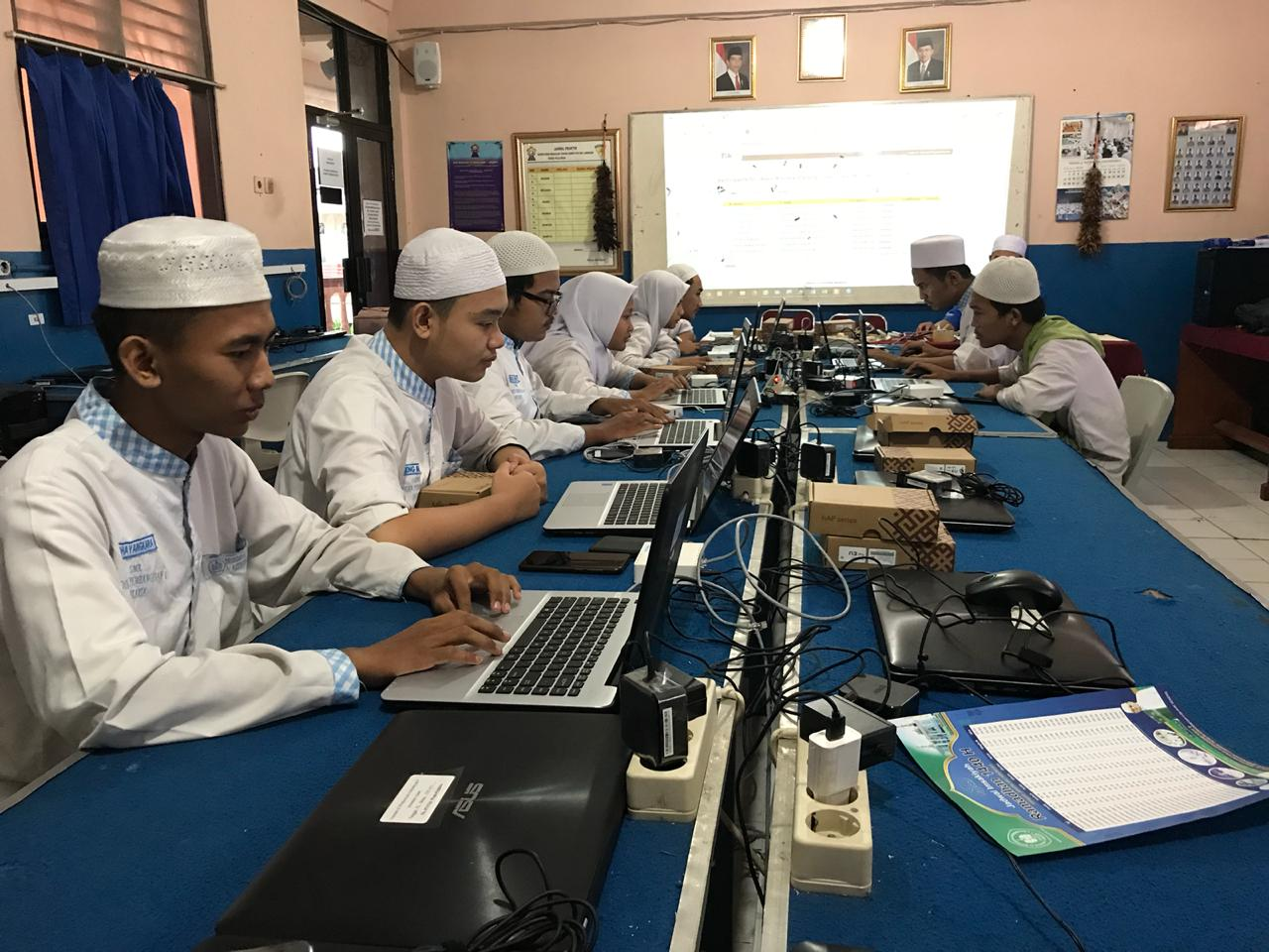 Mikrotik Academy Opening Class Workshop Mikrotik Academy SMK Dinamika Pembangunan 1 Jakarta Batch 1